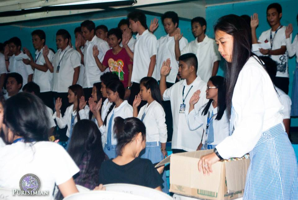 CET students hold general assembly