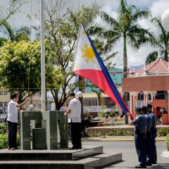 Flag-raising opens Capiztahan, gov't officials praise Capiznon resilience
